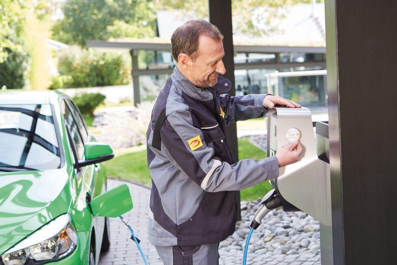 E-Bike und E-Auto sicher und effizient laden