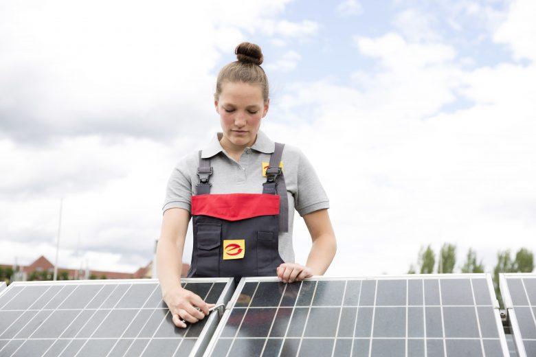 Noch vor dem Sommer: Effizienz von Photovoltaikanlagen sicherstellen