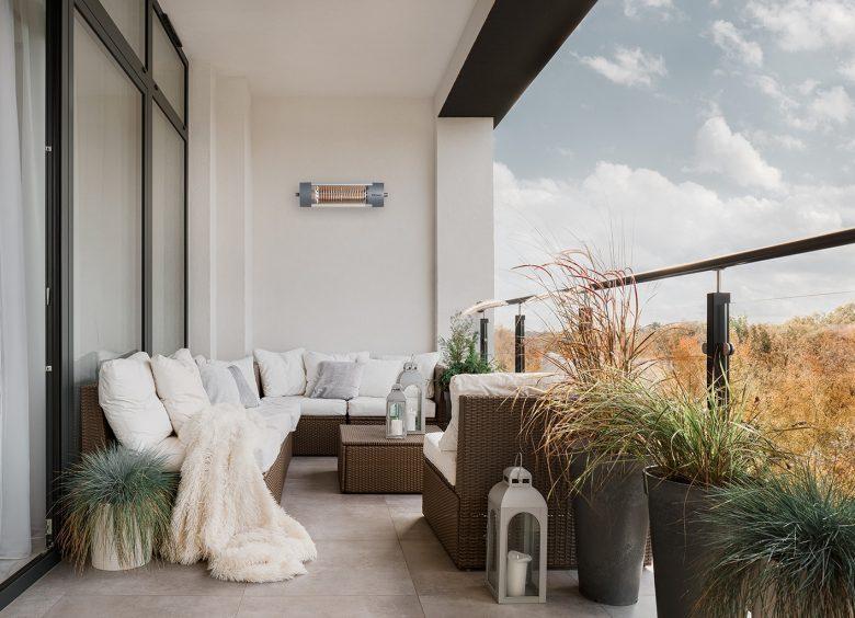 Wohnzimmer im Grünen: Angenehme Wärme mit Infrarotstrahlern
